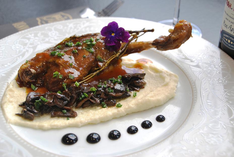 Bistro De Paris Restaurant Laval Cuisse De Dinde 1