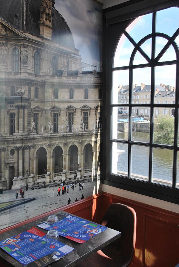 Bistro De Paris Restaurant Laval Salle Louvre 2