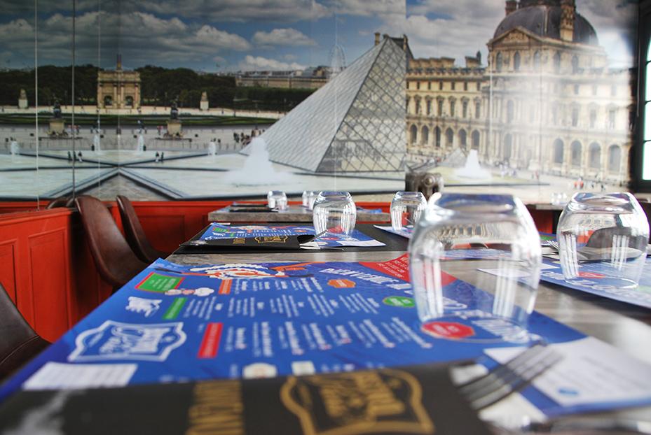 Bistro De Paris Restaurant Laval Salle Louvre