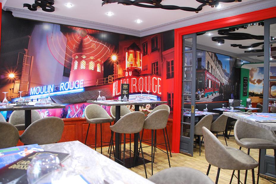 Bistro De Paris Restaurant Laval Salle Moulin Rouge 2