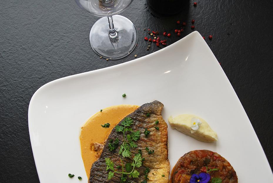 Bistro De Paris Restaurant Laval Sole