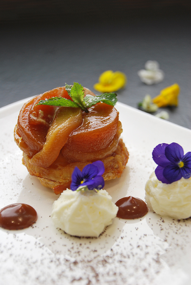 Bistro De Paris Restaurant Laval Tarte Tatin 3