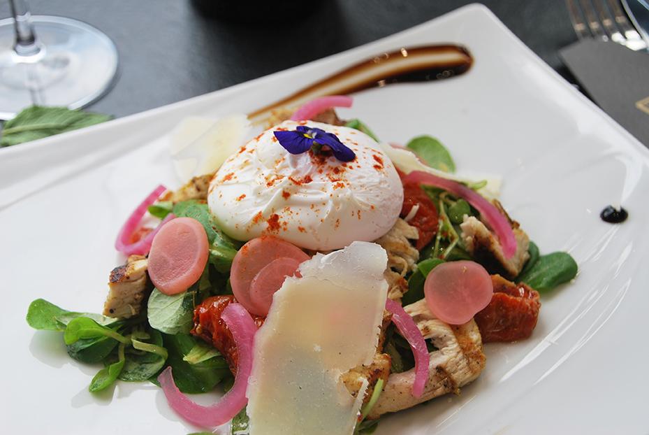Bistro De Paris Restaurant Laval Uf Poche